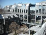 Bürohaus mit Bleifassade