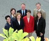 Foto Geschäftsführerin Anne-Rose Raisch (vorne, 2v.l.) und ihr Team
