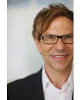 Dr. Dr. Michael Despeghel gehört zu den bekanntesten Fitness- und Gesundheitsexperten
