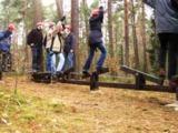 Der 'Mohawk-Walk' auf dem Ellernhof erfordert Teamverhalten