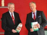 Gute Perspektiven für den Familienbetrieb sehen Siegfried Engel (links) und Johan Ziller (rechts)