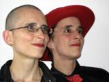 Künstlerisches Plädoyer für den Gang zur Urne: ANA & ANDA