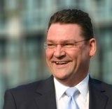 Ralf Overbeck - Wirtschafts- und Generationenexperte