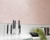 Sogar im Bad kann die JaDecor Wandbeschichtung aus Baumwolle angebracht werden.