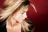 HAIR TALK Extensions überzeugen mit neuer Klebetechnik