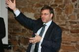 Prof. Dr. Gunter Dueck bei seinem Vortrag bei der Staufen AG