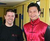 Schulinhaber Jan Leminsky und Meister Jia Ruiqi