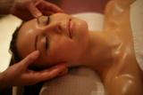 Zum Valentinstag  mit einer Massage überraschen – wer kann da schon Nein sagen?