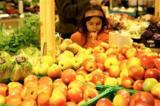 Obst- und Gemüseabteilung der KONSUM DRESDEN eG