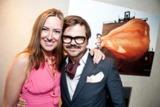 Kultursponsoring-Expertin Simone Bruns und Fotograf Kristian Schuller bei der ersten Photo-Soirée