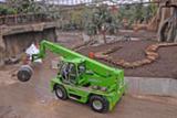 Merlo Roto 40.25 MCSS aus dem HKL MIETPARK unterstützt Aufbau des Gondwanalandes im Leipziger Zoo.
