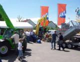 Auf der HKL Hausmesse in Schweinfurt-Euerbach erleben Besucher Produktneuheiten live vor Ort.