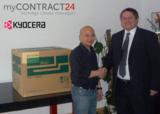 Vertragsspezialist myCONTRACT24.de übergibt Farblaserdrucker von KYOCERA MITA an Ngoc-Duy Nguyen