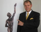 Senator h.c. Gerhard R. Daiger, Geschäftsführer Dr. Walser Dental GmbH