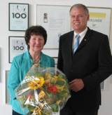 Monika Ries, GF Dr. Walser Dental Senator h.c. Gerhard R. Daiger/Foto: Dr. Walser Dental GmbH