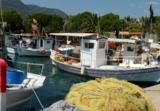 Idyllischer Fischereihafen an der Radroute Tripolis-Nafplio