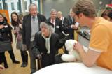 """Echte und """"unechte"""" Seniorentester begutachten AAL-Angebote - Foto: Artshop"""