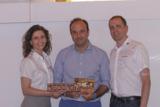 Anita Mair und Alexander Berger von x-it mit Temel Kahyaoglu, Geschäftsführung LNC Group (Mitte)