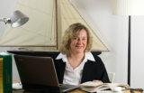 Marie-Claire Beckx beim Übersetzen