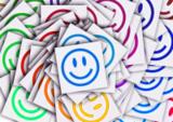 Humorvolle Seminare bieten die Lösung von Spannungen und Pro