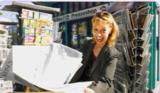 Agenturs-Chefin Martina Wagner freut sich über die hohe Medi