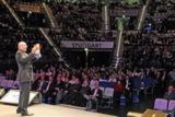 Jörg Knoblauch begeistert 3000 Menschen beim Wissensforum