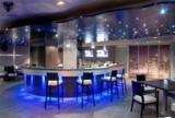 Stilvolle Innenausstattung von Bars, Bistros und Restaurants