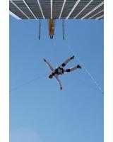 Skyjump in Deutschland - mit Jochen Schweizer Base Flying in Berlin/ Copyright Jochen Schweizer GmbH