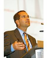 Bild: Prof. Klaus Sedlbauer, Leiter des Fraunhofer- Institut
