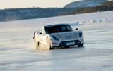 Nokian-Reifen sind die Schnellsten auf Eis mit einem Elektroauto: Weltrekord 252 km/h Foto: Nokian