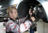 Stoßdämpfer regelmäßig überprüfen. Bei 22 Prozent aller Autos sind sie defekt     Foto: KYB