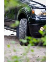 Der neue Nokian Rotiiva AT Sommerreifen für SUV kommt mit festem Griff mühelos voran   Foto: Nokian