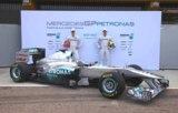 Standox liefert 2011 exklusiv die Farbtöne für die neuen Silberpfeile.