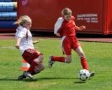Mädchen zeigen vollen Einsatz beim Girlscup