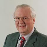 Prof. Wolfgang Hölzer, Vorstand der r.z.w. cimdata AG