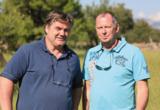 Medienkaufmann J. Zander (links) und Filmproduzent H. Buerhop