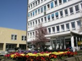 Das Sana Klinikum Düsseldorf stattet Patienten mit Identifikationsarmbändern aus.