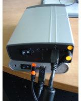 Simpel & Effektiv - Eine Kodierung der Strom-Anschlüsse beugt Verwechslungen vor.