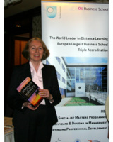 Catherine Courtney Studienberaterin der Open University Business School