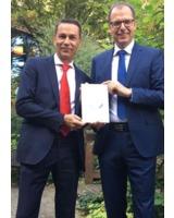 Minimale Führung: Buchautoren Klaus Kissel und Wolfgang Tschinkel
