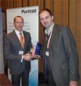 Mag. Christian Reder, T-Mobile Austria GmbH (r.) und Luke McKeever, CEO Portrait Software (l.)