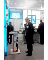 Erfolgreiche Präsentation des Vorrichtungs-Butlers für Spannelemente von Halder auf der AMB 2012.