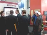 HMI Besucher erfuhren 3D CAD Modelle des CADENAS Produktkatalogs mit 3D Brillen bei HUGRO-Armaturen.