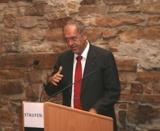 """Prof. Dr. Dr. Radermacher zeigt bei der Staufen AG den Weg in eine """"Welt mit Zukunft""""."""
