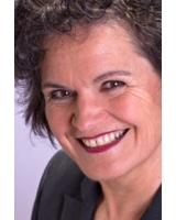 Anita Feuersänger berät Menschen vor der Rente