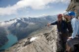 Erfahrene Wander- und Bergführer entdecken mit Gästen die Tiroler Ferienregion Tux-Finkenberg.