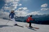 Skifahrer im Skigebiet Plose-Brixen