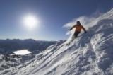 Skifahrer im Gelände