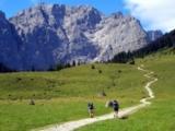 Die Silberregion Karwendel bietet gemütliche Spaziergänge ebenso wie anspruchsvolle Bergtouren.