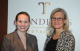Restaurantpächterin Bettina Kuhl (links) und VdU-Regionalleiterin Dr. Karin Uphoff.